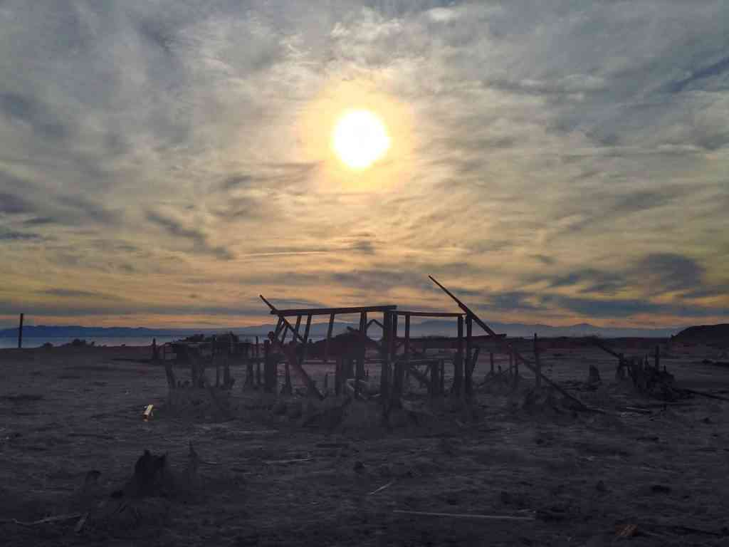 ghost town sunset - salton sea
