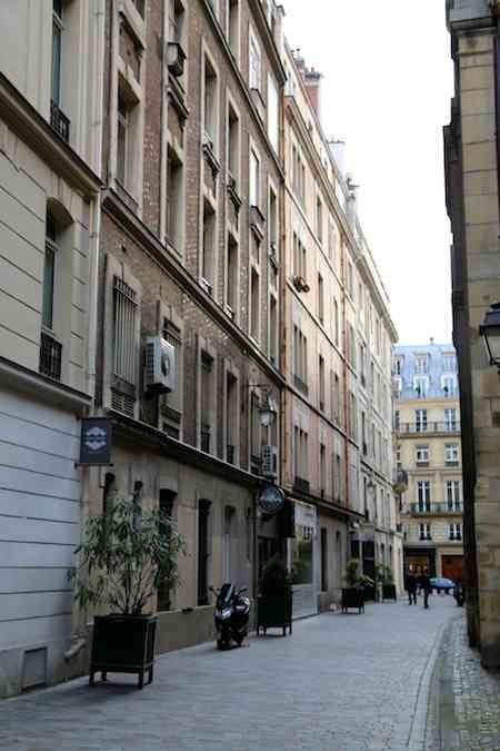 Paris Alley