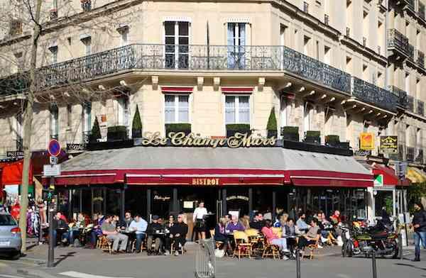 Paris Cafe - Le Champ de Mars