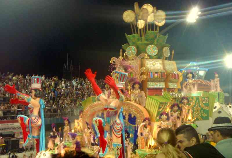 Brazilian Carnival Float 2
