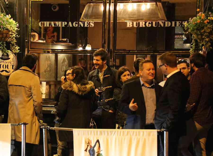 At the pub at London at night
