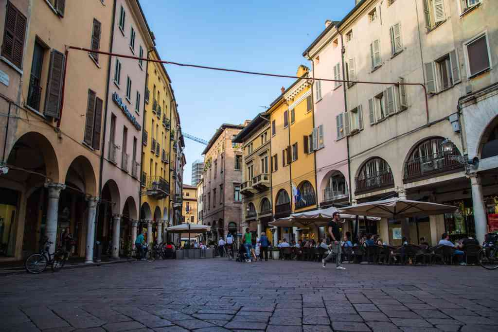 Mantova Road