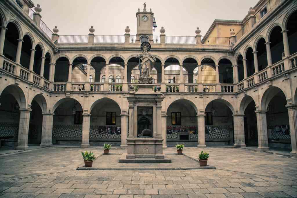 Raval Courtyard