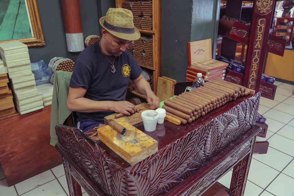 Cigar maker Little Havana