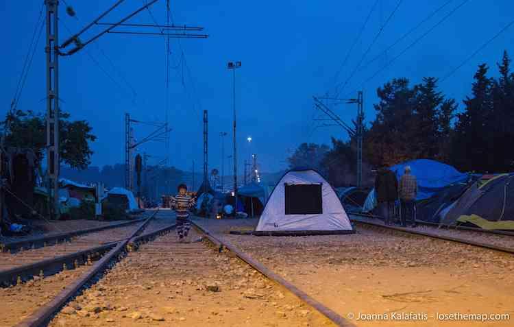 Night in Idomeni refugee camp