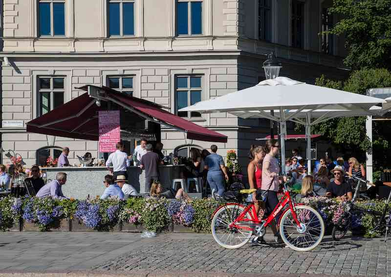 stockholm-bike-and-beer