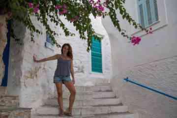travel like a local Syros