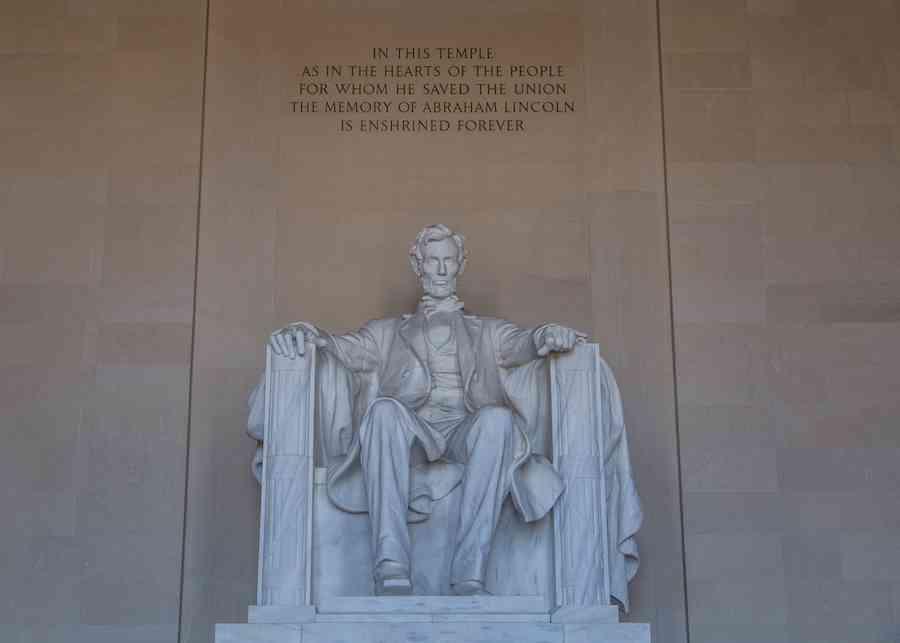 Lincoln Memorial quote statue