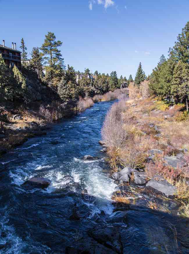 Bend, Oregon in fall - Deschutes River