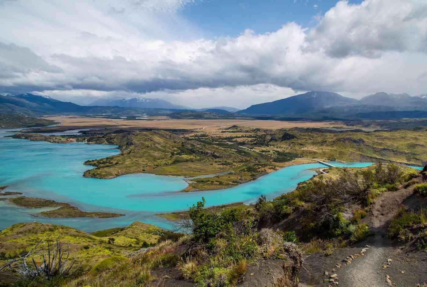 Laguna Verde Torres del Paine